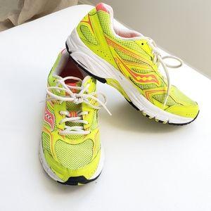 Saucony XT-600 Running Sneakers